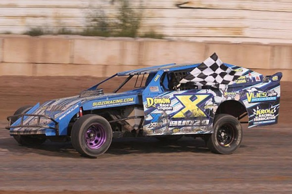 Budzo Racing Feature Win Thunderhill
